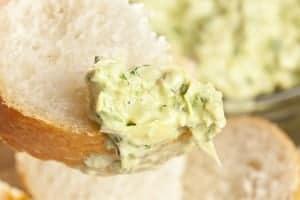 Fresh Organic Artichoke Dip with fresh Bread